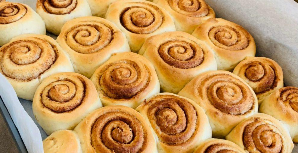 cynamonki - cinnamon rolls